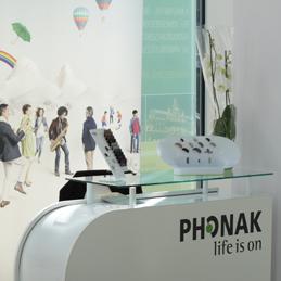 Phonak stand